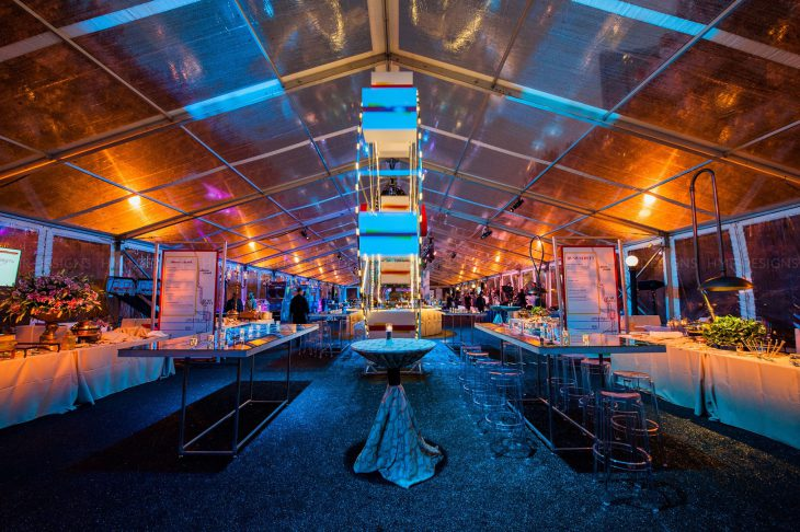 chicago-themed-corporate-event-at-millennium-park-with-blue-plate-catering-and-hmr-designs
