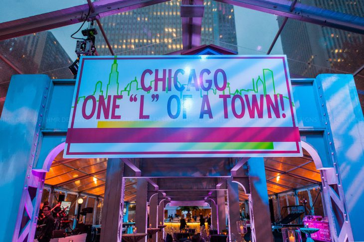el-tracks-as-decor-for-a-chicago-themed-corporate-event-by-hmr-designs-and-blue-plate-chicago