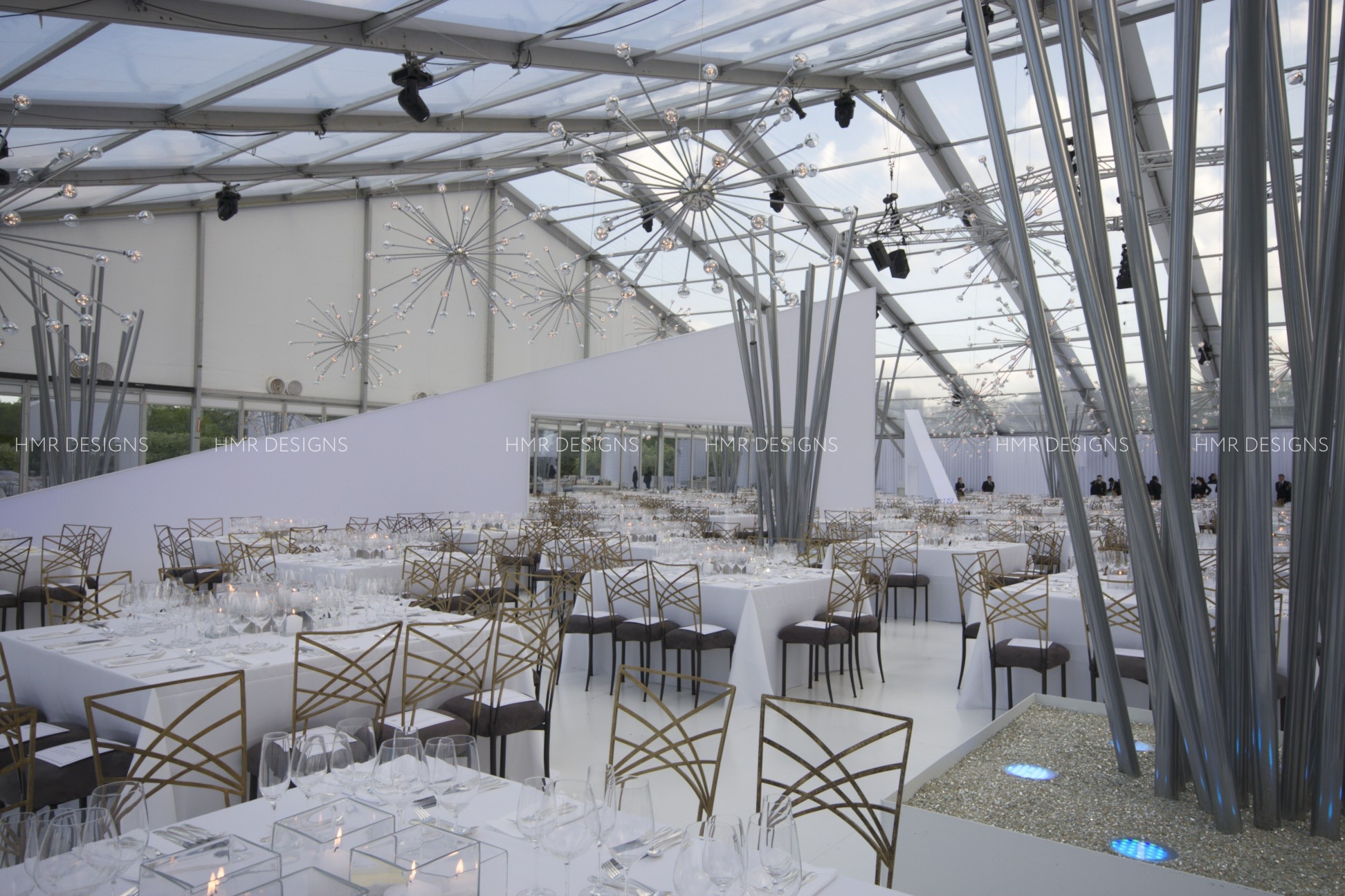 Stunning corporate event decor at the Modern Wing by HMR Designs