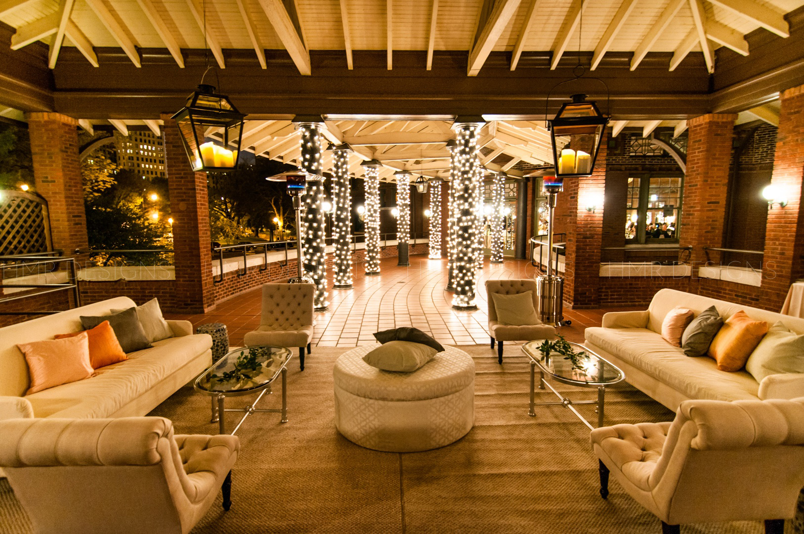 Outdoor lounge furniture at Cafe Brauer for a spring Chicago wedding.