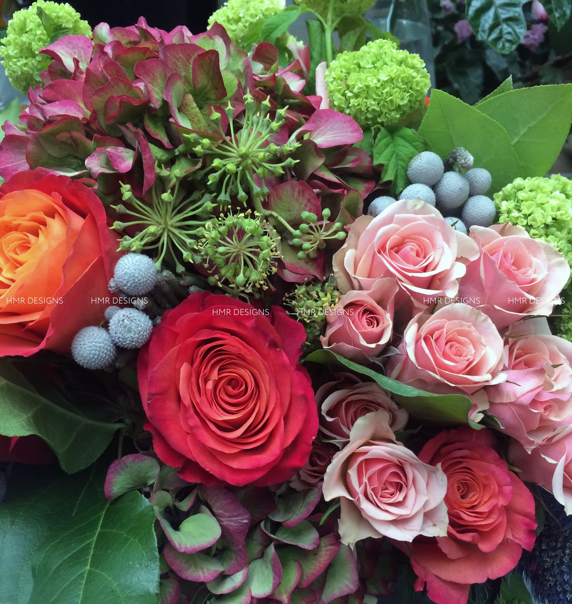 Gorgeous floral for delivery in Chicago by HMR Designs