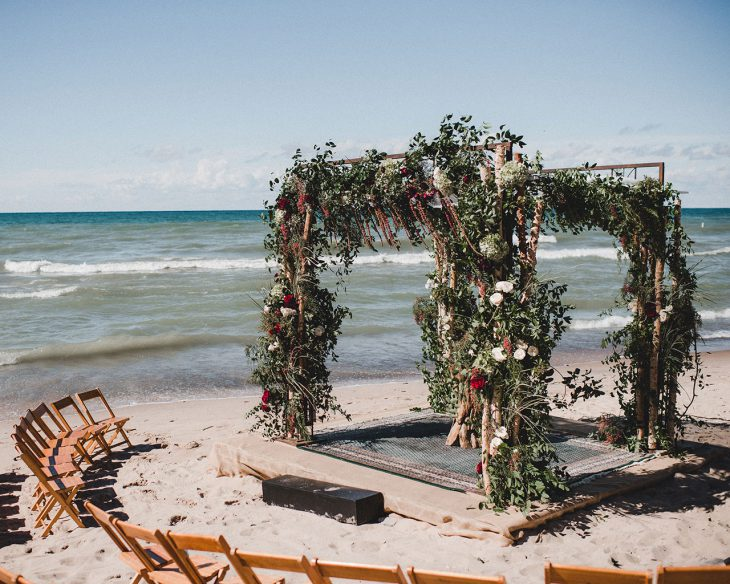 beach-wedding-ceremony-closeup-hmr-designs-