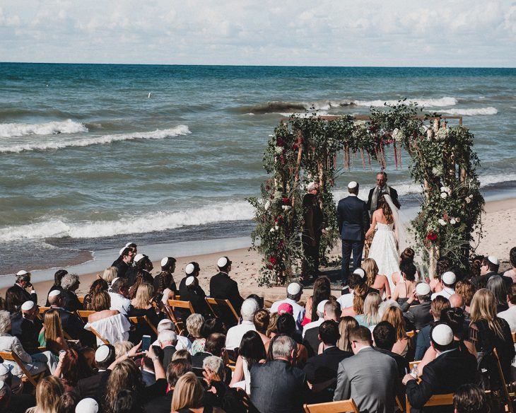 beachfront-wedding-ceremony-michigan-hmr-designs