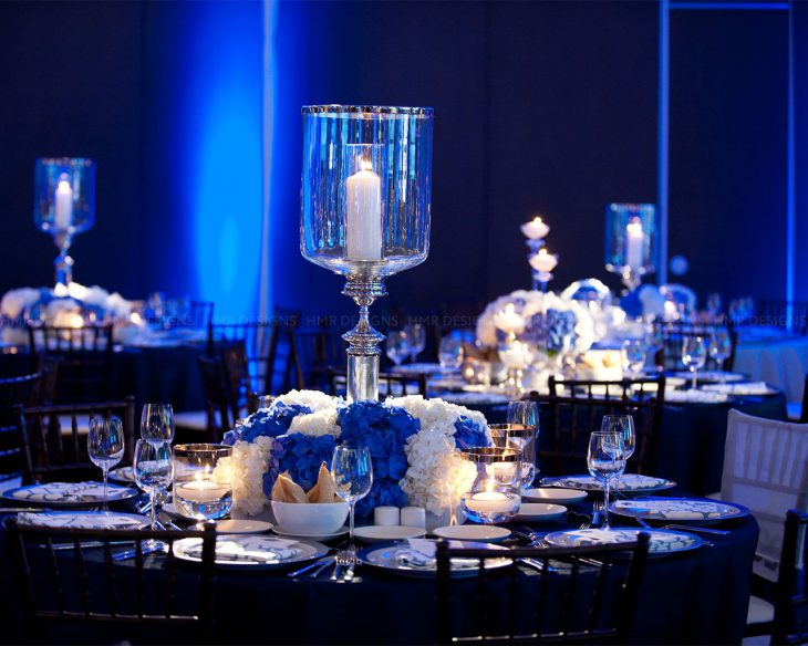 blue-and-white-floral-and-decor-at-the-ACS-Discovery-Ball-2012