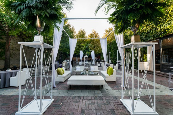 outdoor-celebration-for-a-corporate-event-by-hmr-designs
