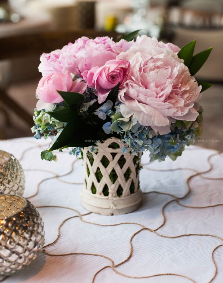 small-pink-peony-centerpiece-ideas-by-hmrdesigns