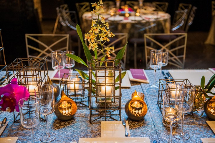 tabletop-decor-mirrored-the-ceiling-floral-at-a-gala-by-HMR-Designs